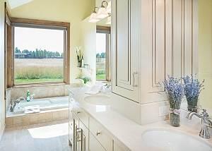 Master Bathroom - Dual Vanity and Recessed Tub