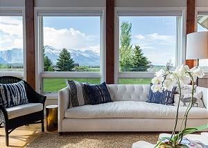 Great Room - Reading Sofa - With Mountain Views