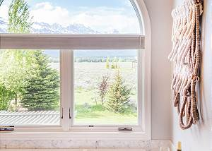 Master Bathroom- Mountain Views