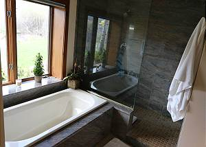 Master Bathroom - Soak in the Tub and Enjoy the Beautiful View o