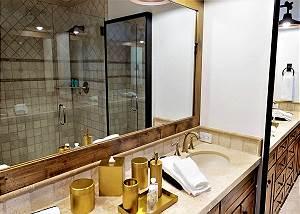 Guest Bathroom - Dual Vanities