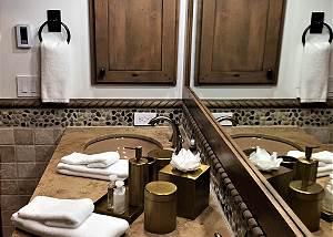 Master Bathroom - Dual Vanities