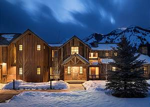 Exterior - Snow-covered Elegance