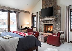 Master Bedroom - King Bed and Fireplace Seating