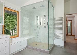 Bathroom - Ample Shower Space