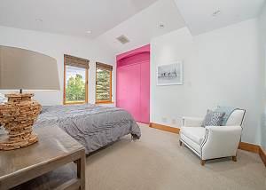 Guest Bedroom - Splash of Pink