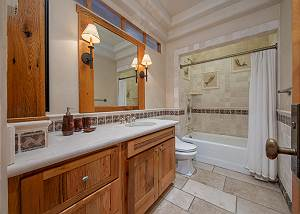 Bathroom - Classic Mountain Furnishings