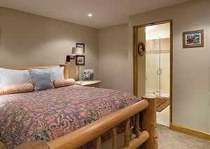 Downstairs Bedroom - Enjoy the En Suite!