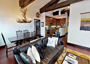 Great Room - Seamless Open Floor Plan