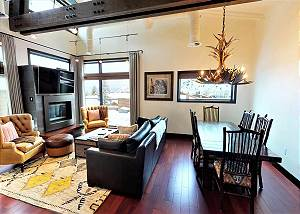Great Room - Mountain Modern Decor