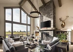 Living Room - Fireplace - Chandelier