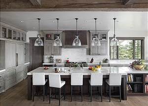 Kitchen - Bright and Airy
