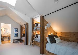 Bunk Room - A Cozy Family Space