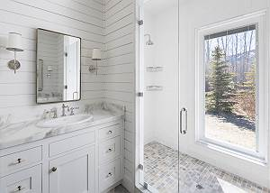 Master Bathroom - Comfort Near Nature