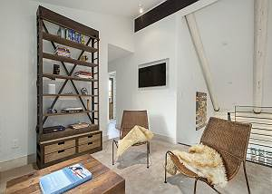 Loft - Sit and Read in Style