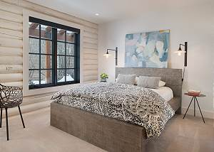 Guest Bedroom - Queen Bed - Sleeping on the Clouds