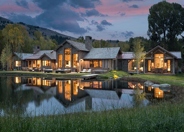 Foxglove Lodge