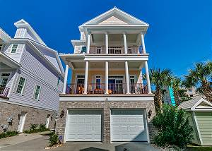 Sands Beach House 300 (5 Bedroom, Sleeps 12)