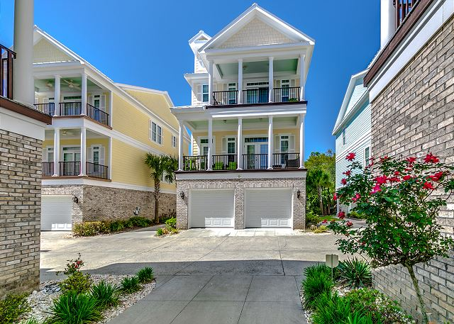 -Sands Beach House 313 (5 Bdrm / 5 Bath, Sleeps 12)