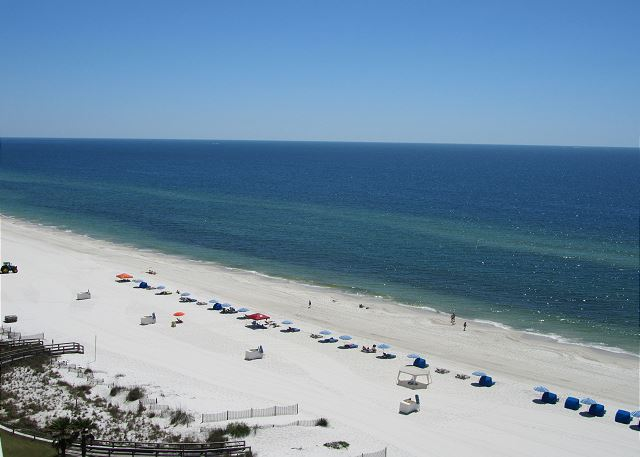 This 12th floor unit overlooks the Gulf of Mexico and boasts spectacular beach front views!!!