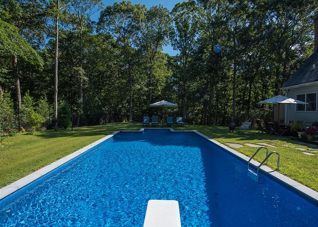 Private Lg Property w Pool & beach