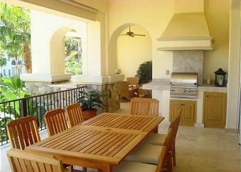 Balcony Dining & BBQ Area
