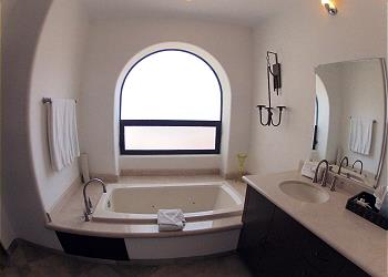 Jetted Tub with View