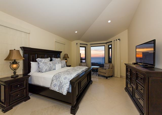 Master Suite with Access to Both Terraces