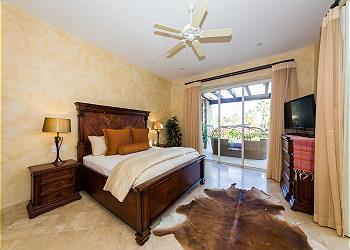 Second Bedroom Off Jacuzzi Patio