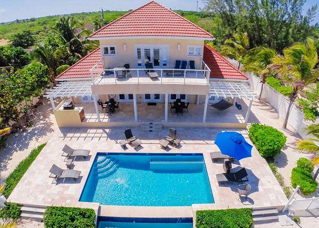 Grand Cayman Villas >> In Harmony Luxury Villas Grand Cayman Rental