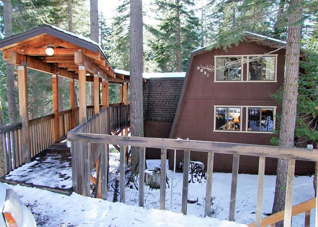 Mann's North Shore Wooded Mountain Cabin