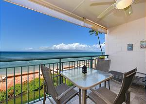 Makani Sands #1775206 This beautiful one-bedroom condominium surrounds you with traditional Hawaiian feel and decor in your own beachfront home by the sea!