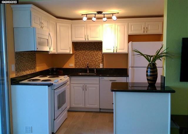 Beautiful remodeled kitchen!