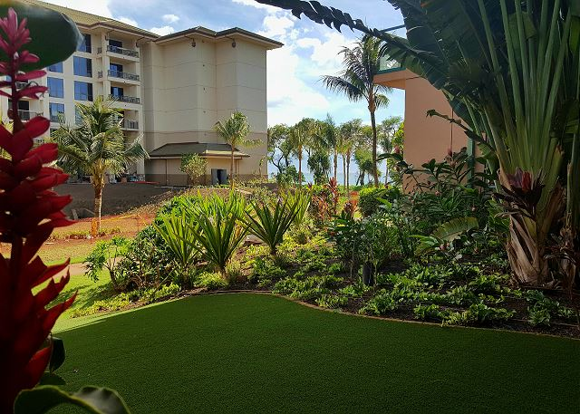Honua Kai - Hokulani 108 - Ground Floor & Huge Play Lawn! 1b/1b