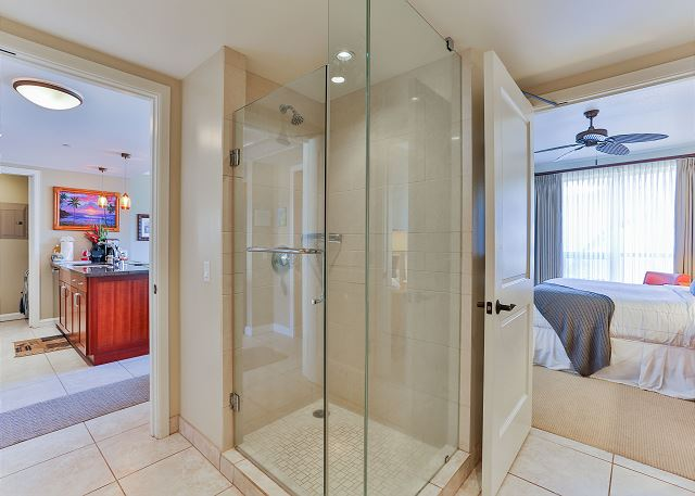 Stand up shower in the bathroom