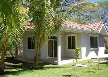Playa Hermosa House rental - Exterior Photo - Back Yard