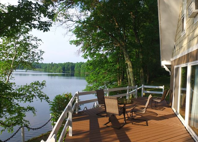 Cozy Cabin On Beautiful Lake Placid- Part of the Tiger Cat Flowage