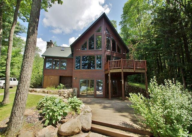 Stunning Lakefront Home- Amazing 5,500 acre Lac Courte Oreilles Lake