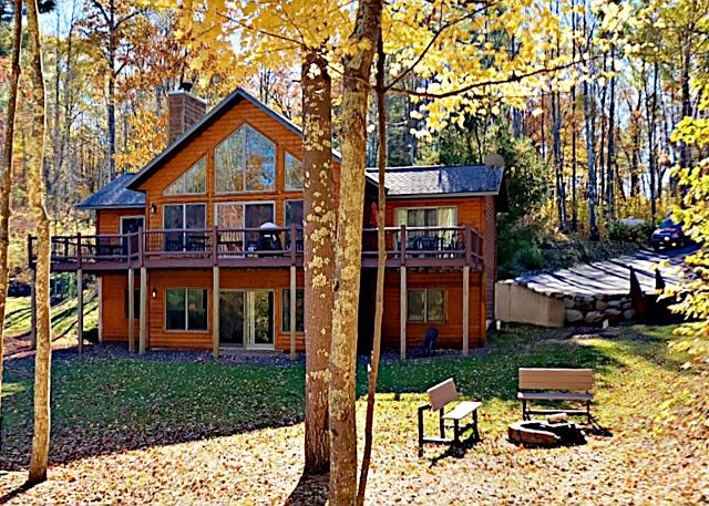 Room For The Entire Family -Get Away From It All At Musky Bay Hideaway