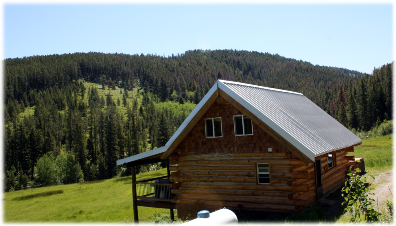 montana at lodge cabin red home rentals in vacation on be cabins mt
