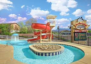 outdoor pool at cherokee lodge condos