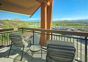 chairs on balcony of pigeon forge condo
