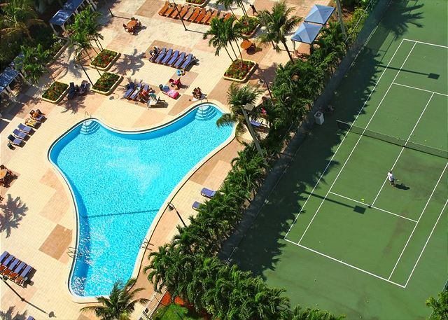 Ocean Reserve 302 - on Sunny Isles Beach - Property #4508535