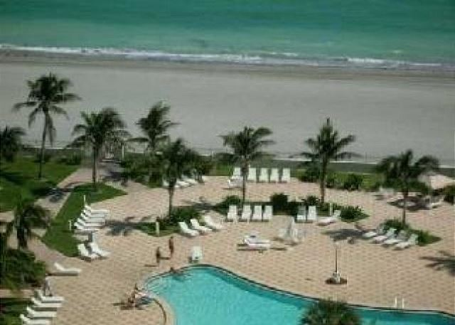 Tides 15W on Hollywood Beach - Property #190348