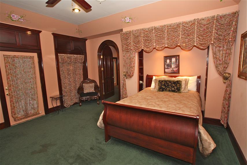 shenandoah lodge a 5 bedroom cabin in gatlinburg tennessee