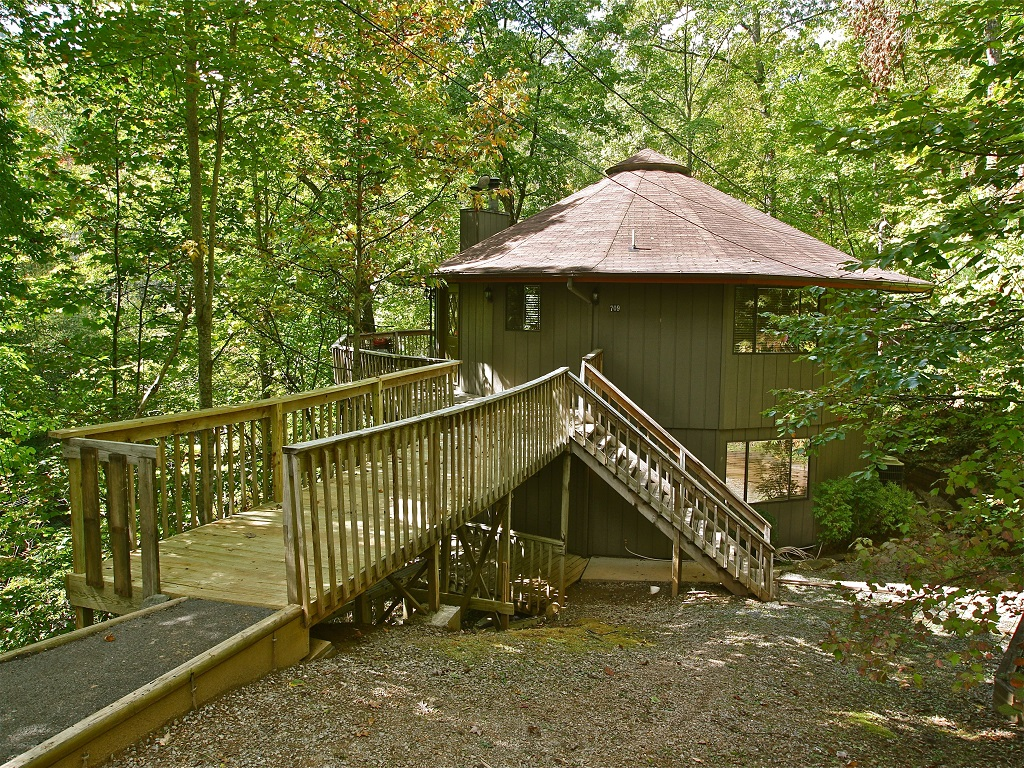 Dogwood place a 4 bedroom cabin in gatlinburg tennessee - 4 bedroom cabins in gatlinburg tn ...