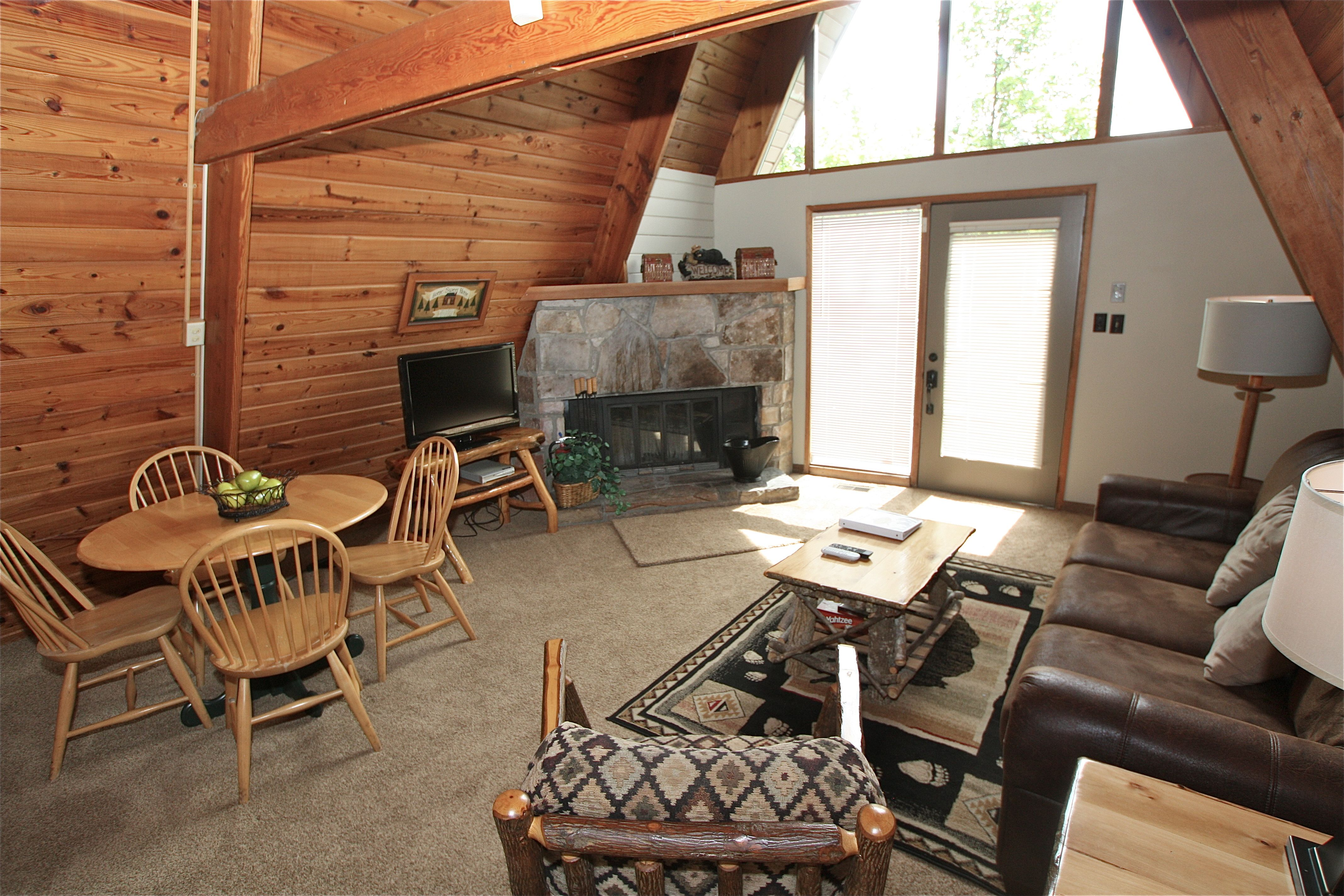 pinetop a 1 bedroom cabin in gatlinburg tennessee mountain laurel