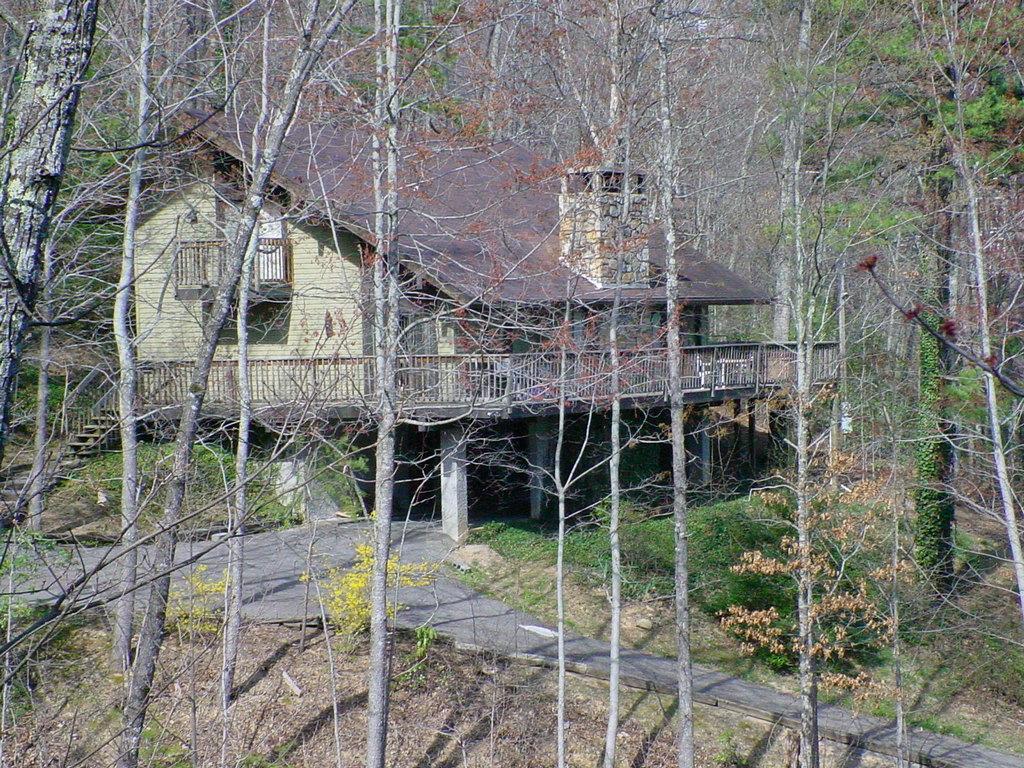 4 Seasons Lodge