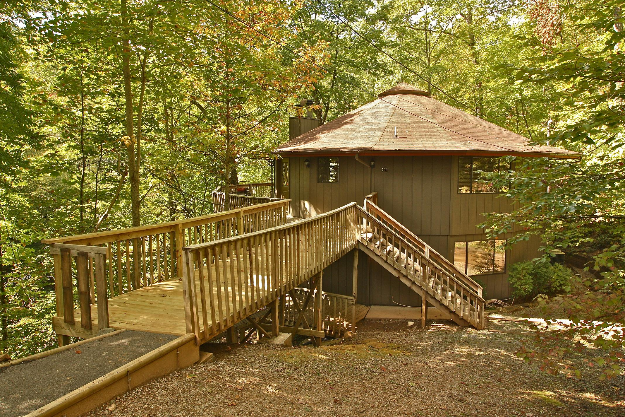 4 bedroom cabin rentals in gatlinburg tn mtn laurel chalets - 4 bedroom cabins in gatlinburg tn ...