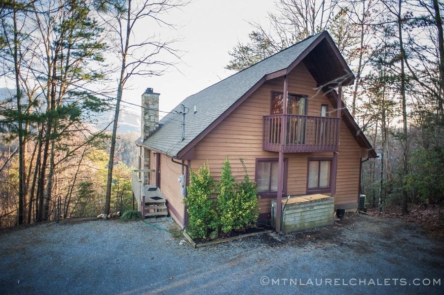 Smokies overlook a 6 bedroom cabin in gatlinburg for 6 bedroom cabin rentals in gatlinburg tn